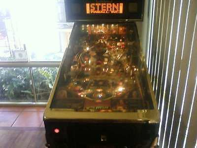 Pinball machine Lord of the Rings Gold limited edition