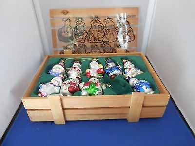 Nice Set of Thomas Pacconi Snowman Ornaments in Crate