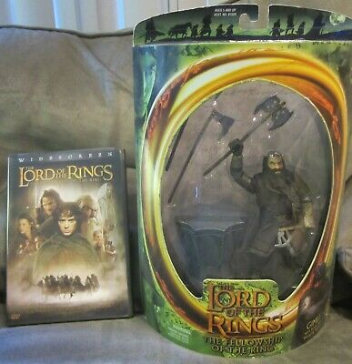The Lord of the Rings GIMLI with Battle Axe Swinging Action & Ring Table NIB