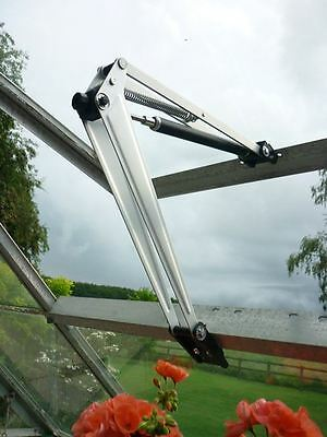 Bayliss Extra Large Easy Fit Solar Powered Automatic Greenhouse Window Opener