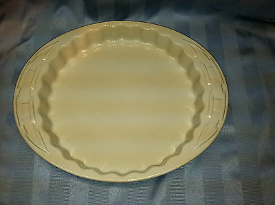 Longaberger Potery Woven Traditions Quiche Dish