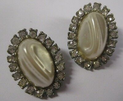 Vintage Oval MOTHER OF PEARL & CLEAR RHINESTONE Earrings Silver Tone Cluster MOP