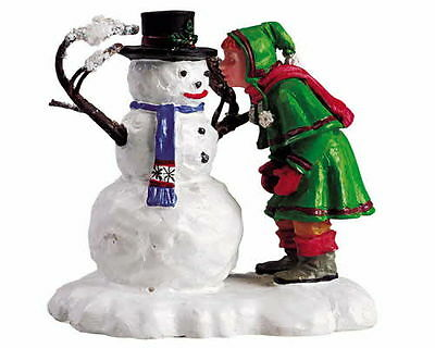 New Lemax Figurines Snow SweetHeart 52033   Polyresin NEW 2015