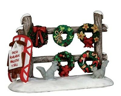 New Lemax Figurines 54942 Christmas Wreaths 4 Sale  Polyresin New 2015