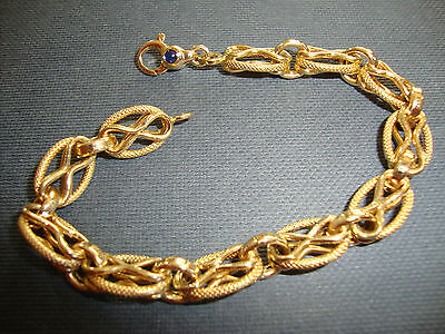 18K 750 Solid Gold Bracelet Sapphire Cabochon On Clasp 14.7 Grams Italy 7.5 Inch