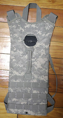 U.S. Military - Two (2) MOLLE II Hydration System Carrier 3L ACU Digital