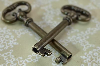 (Lot of 2)   Old Vintage Style Open Barrel Skeleton Key -Antique Bronze Color