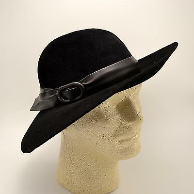 4c4fb875c2e Black Wool Betmar New York Hat With Matching Leather Accent Ladies Vtg Sz M  EUC