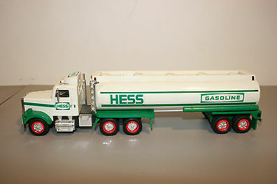 1990 Hess Toy Truck in Box