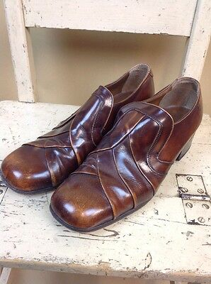 A Pair Of Men's Vintage Full Leather Shoes UK Size 8.5 Brown 1970s VGC