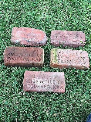 5 Identical antique street paver Neodesha Ks Kansas VVV Brick & Tile Co Road Red