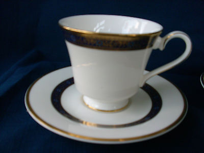 Royal Doulton Harlow tea cup & saucer - (second-glaze flaw on cup) F