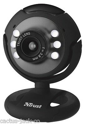 New Trust Spotlight Webcam With Integrated Lights, Stand & Adjustable Clamp