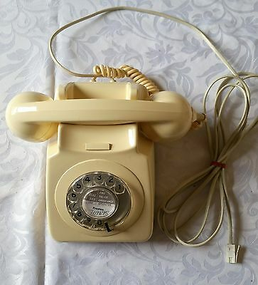 Authentic B T vintage telephone 80's working