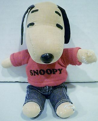 """7"""" Peanuts Snoopy Fabric Rag Doll Wearing Red Snoopy T Shirt Jeans"""