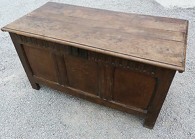 Stunning Antique Early Oak Trunk/Chest/Coffer Approx 127cm x 60cm x 70cm