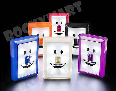 """(LOT OF 6) 4.5"""" SMILE SWITCH LED Night Light RM3993"""