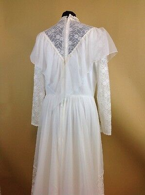 A 1970s Vintage Nylon Wedding Dress White Lace UK Size 18 VGC