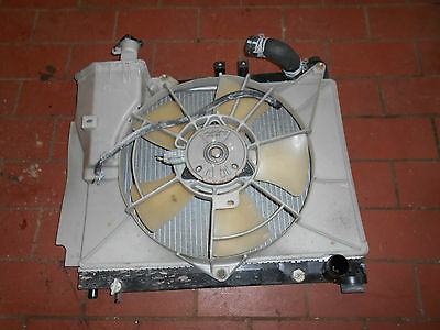Coolant 422132-1351 with Fan 16800-3540 Toyota Yaris Verso 1.5 77kW Yr. 03-05