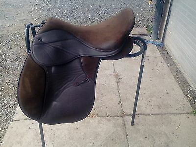 "17"" GP SADDLE 9 "" D to D GRIFFIN"
