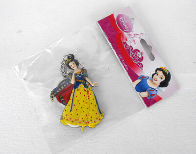 Disney Brand New Soft Keychain Snow White Europe MINT in bag