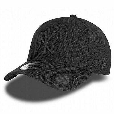 New Era 39thirty Diamond Black on Black NY Yankees Fitted Curve Peak Hat Cap