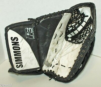 Don Simmons Sports 993 Series Goalie Catch Ice Hockey Goal Glove Blk/wht Used