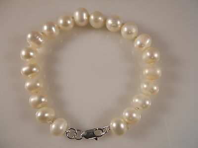 White Round Freshwater Pearl Bracelet With Sterling Silver Clasp