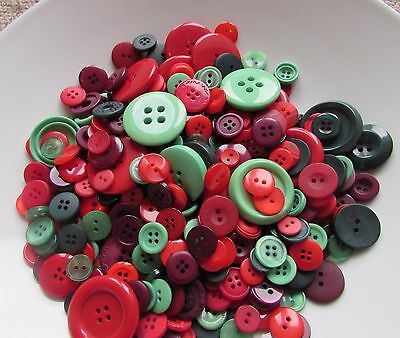 Christmas Xmas Colour Buttons Packs of 10, 20.50, 100 in Assorted Sizes