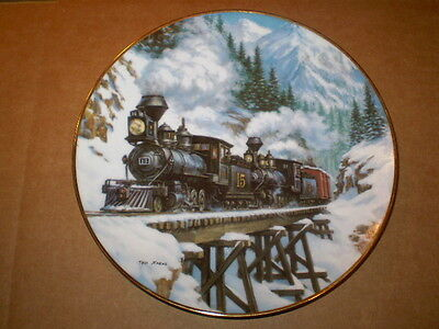 """1992 Hamilton Collection/8"""" Winter Crossing/winter Rails Collection/trains"""