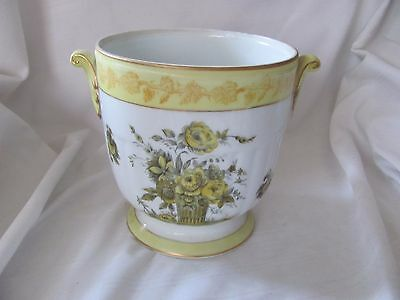 Isco hand painted vintage Japan yellow urn with handles floral pattern gold rim