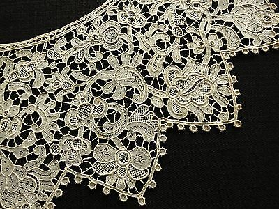 Antique 19thC Venetian ROSE POINT NEEDLE LACE Bertha Collar SHARP SCALLOPING