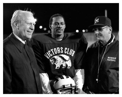 8x10 Silver Halide Photo Gerald Ford With Bo Schembechler University of Michigan