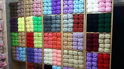 JOB LOT DOUBLE KNIT ASSORTED COLOURS hand knitting wool YARN MEGGA DEAL250 BALLS