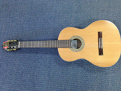 "Miguel Rosales 39"" Solid Cedar Top, Nylon String Classical Guitar + Free Gig Bag"