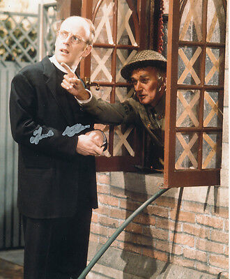 Frank Williams In Person Signed Photo - A826 - Dad's Army
