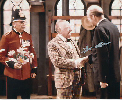 Frank Williams In Person Signed Photo - A827 - Dad's Army