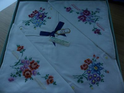 Vintage Irish Lawn Linen Cotton Ladies Handkerchiefs 4 Boxed Set Terrier Dog Nib