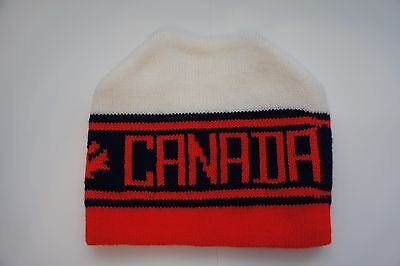 Vintage Canada toque winter ski hat adult size
