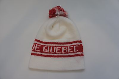 Vintage Quebec Carnival toque / winter hat with pom-pom