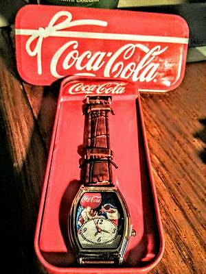 Coca Cola Santa Christmas Watch with Tin    NEW