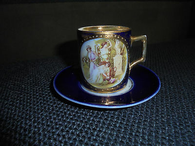 ANTIQUE BEAUTIFUL ROYAL VIENNA TEACUP AND SAUCER - 18/19th CENTURY? (M)