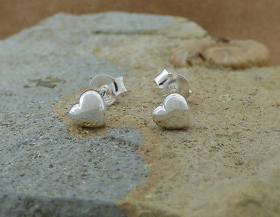 New Small Solid 925 Sterling Silver Heart Stud Earrings Jewellery