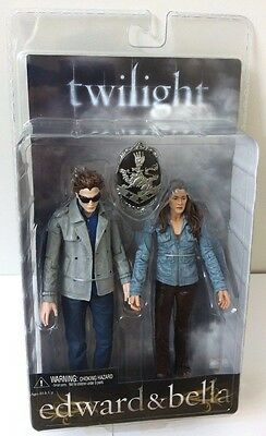Twilight Edward And Bella Action Figures 2-Pack Set Neca Reel Toys