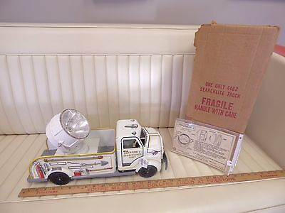 1958 MARX LUMAR Emergency Search Light Unit Truck Pressed Steel Toy w/ Box