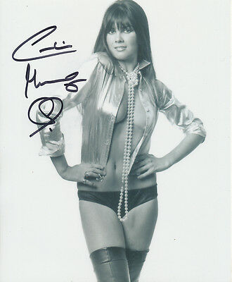 Caroline Munro In Person Signed Photo - A1094 - STUNNING!!!!!
