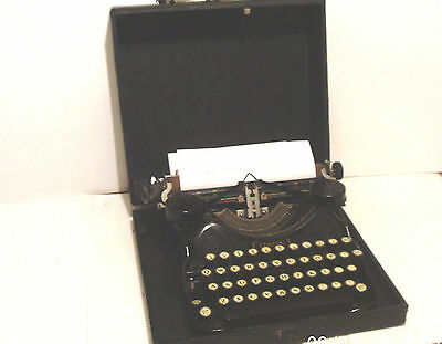 Antique Typewriter ~ Rare L.c. Smith Corona Portable - Model 4 Black / Cased