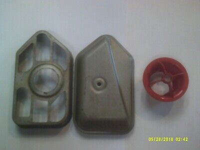 Used Briggs 10M900 Series Engine Metal Old Style Air Filter Base / Cover Assy