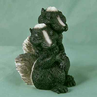 Castagna Skunk Pair Anthro MIB Lovers Figurine New Old Store Stock Italy Love