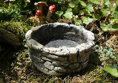 ROUND STONE POND for MINIATURE GARDEN OR TERRARIUM